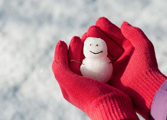 Spielideen für draußen im Winter