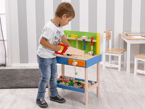 howa-blog-kleine-kinderwerkbank-aus-holz