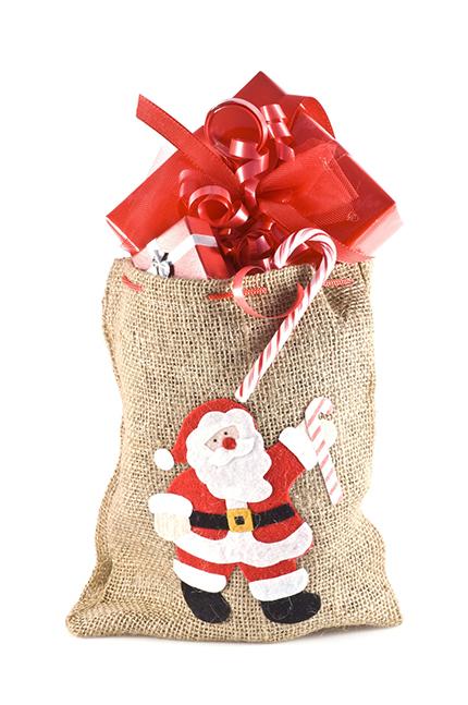 Geschenke_nachhaltig_verpacken_auf_verpackung_verichten